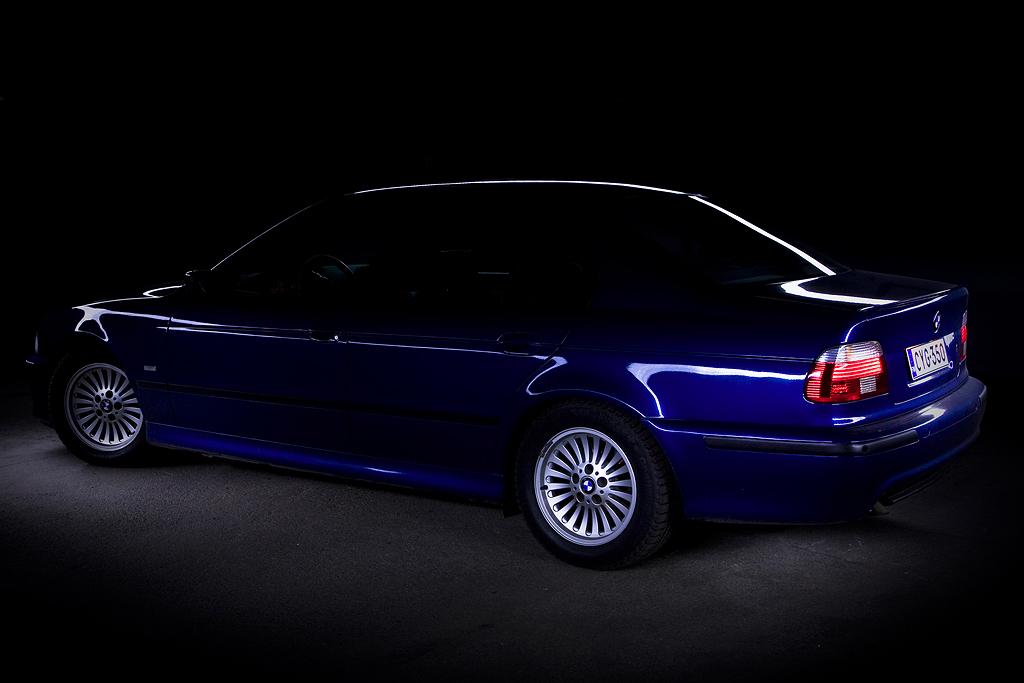 http://ovp.fi/./random/12.11.2008_Oulu_BMW_E39_530d11.jpg