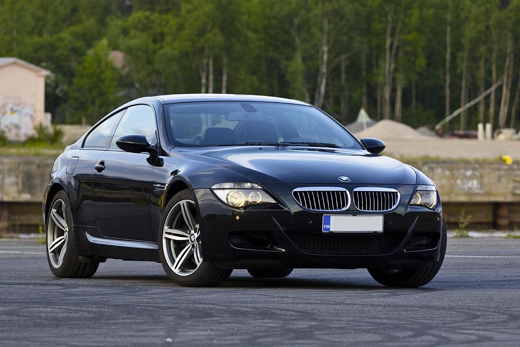 http://ovp.fi/./random/15.6.2011_Oulu_BMW_E63_M6_06.jpg