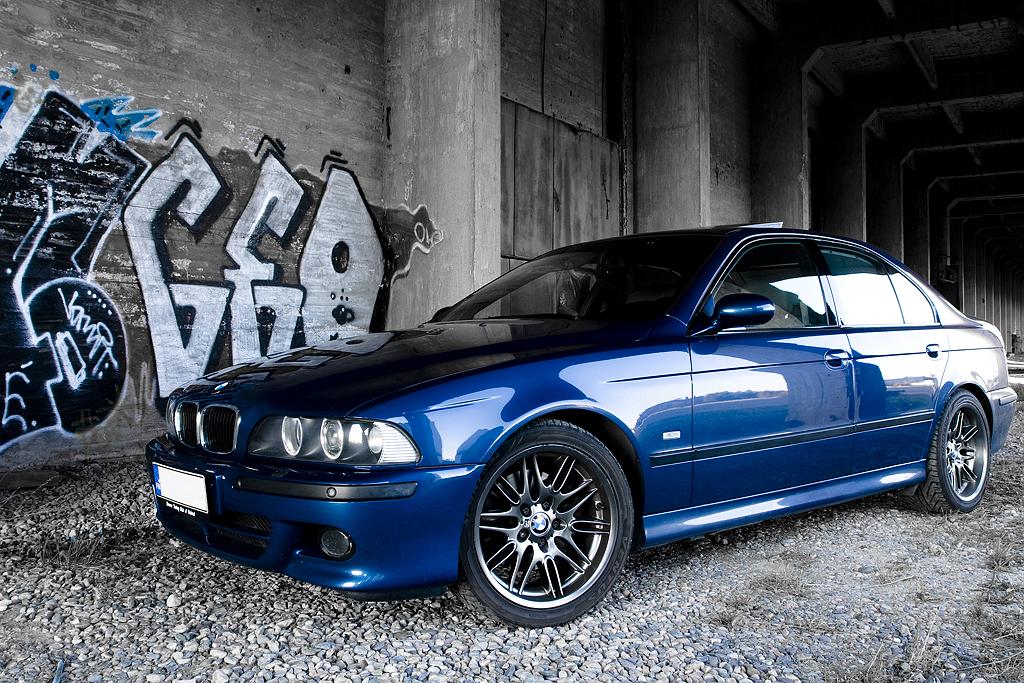 http://ovp.fi/./random/24.5.2008_Oulu_BMW_E39_530i_01.jpg