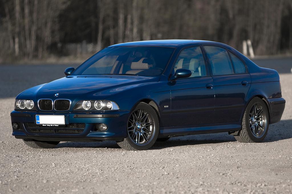http://ovp.fi/./random/24.5.2008_Oulu_BMW_E39_530i_19.jpg