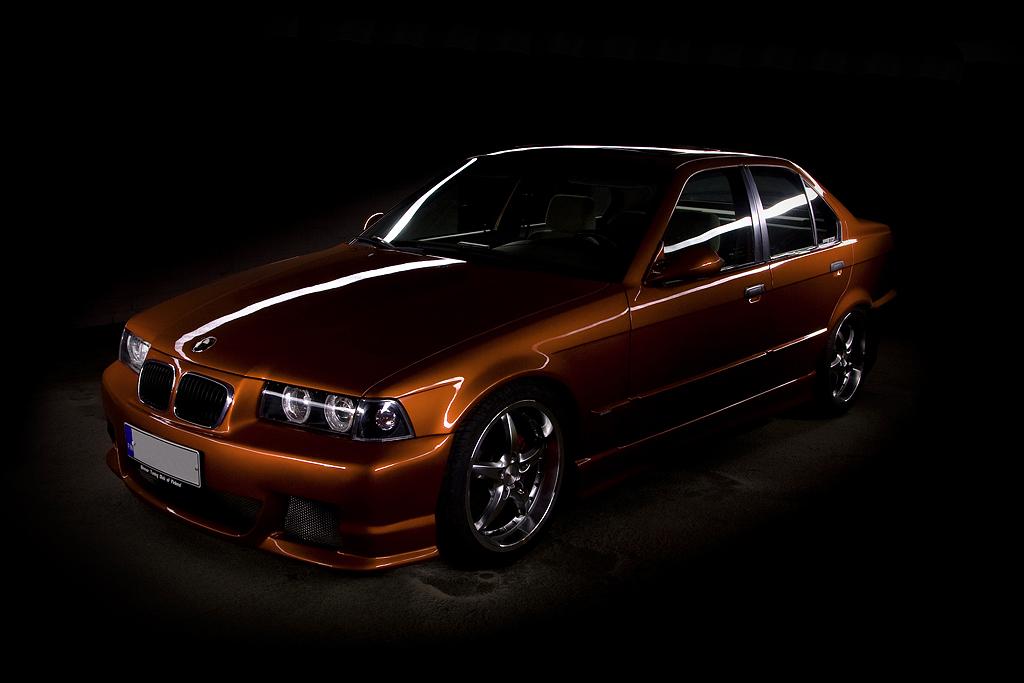 http://ovp.fi/./random/30.8.2008_Oulu_BMW_E36_325i19.jpg