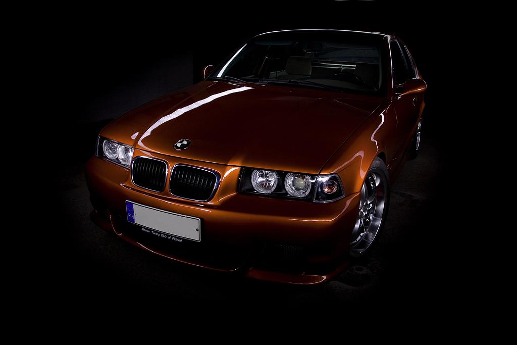 http://ovp.fi/./random/30.8.2008_Oulu_BMW_E36_325i21.jpg