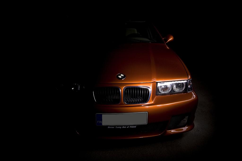 http://ovp.fi/./random/30.8.2008_Oulu_BMW_E36_325i26.jpg