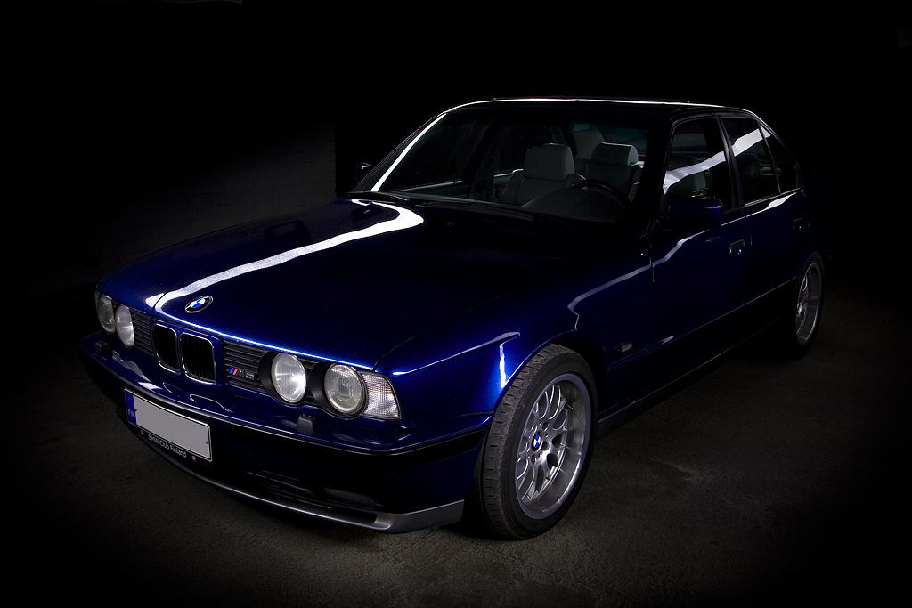 http://ovp.fi/./random/31.8.2008_Oulu_BMW_E34_M5_07.jpg